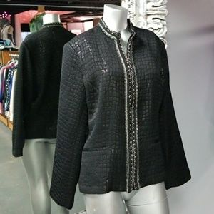 🦄3 for $50🦄CHICO'S BLACK & SILVER JACKET